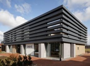 Kantoorpand Univé West Drenthe zij-aanzicht